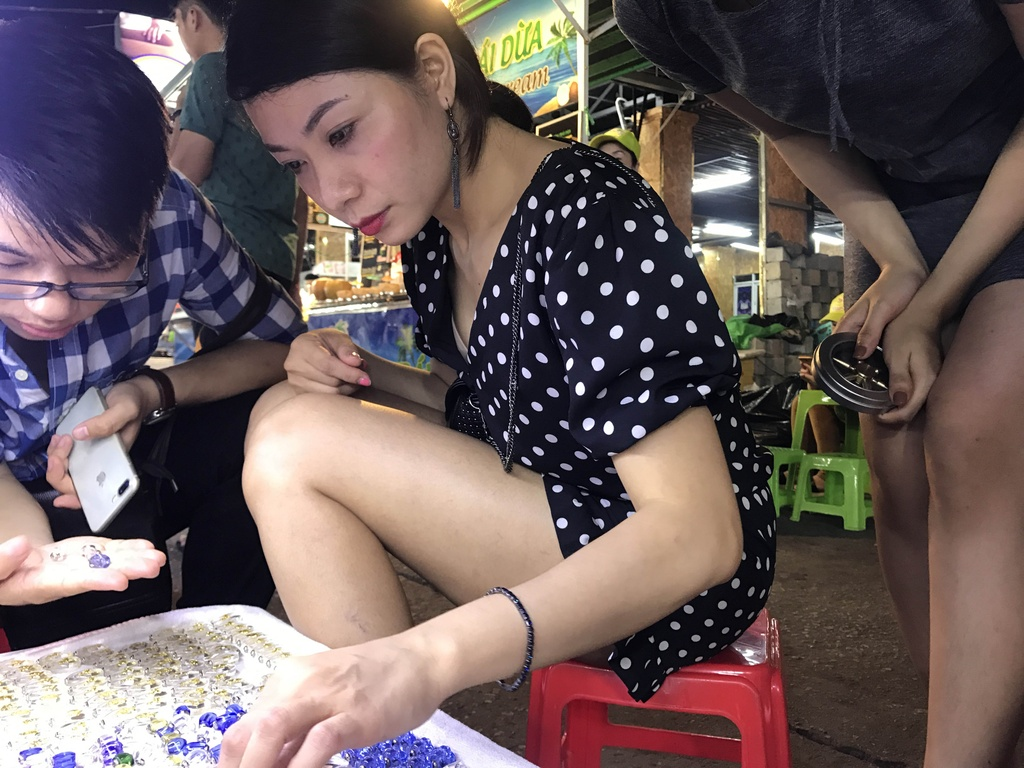 Trai nghiem thien duong am thuc tai cho dem Phu Quoc hinh anh 13