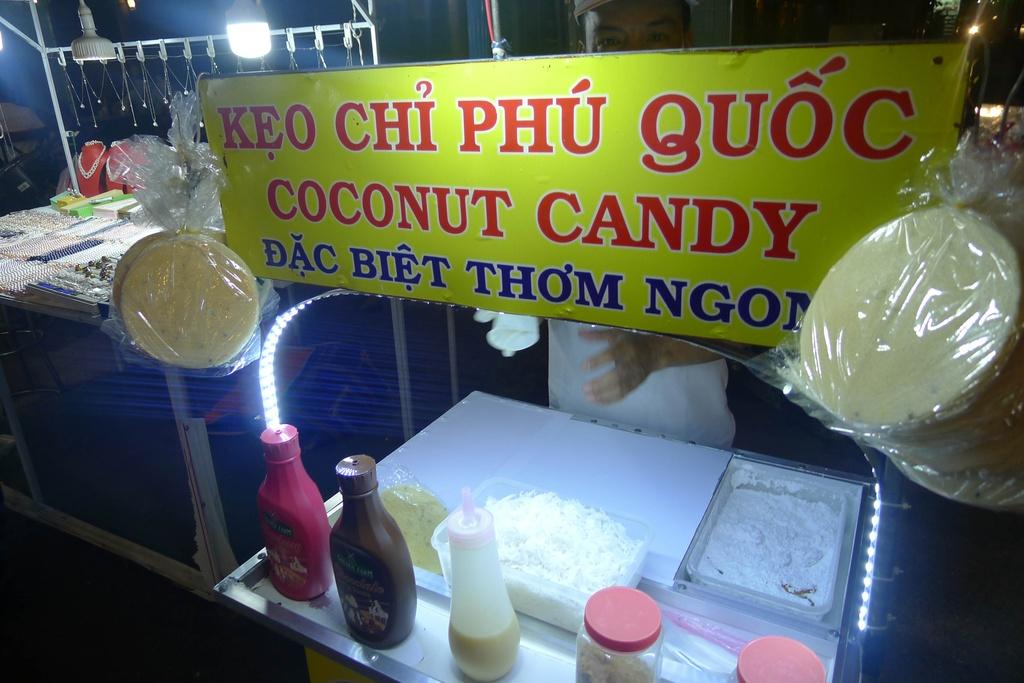 Trai nghiem thien duong am thuc tai cho dem Phu Quoc hinh anh 4