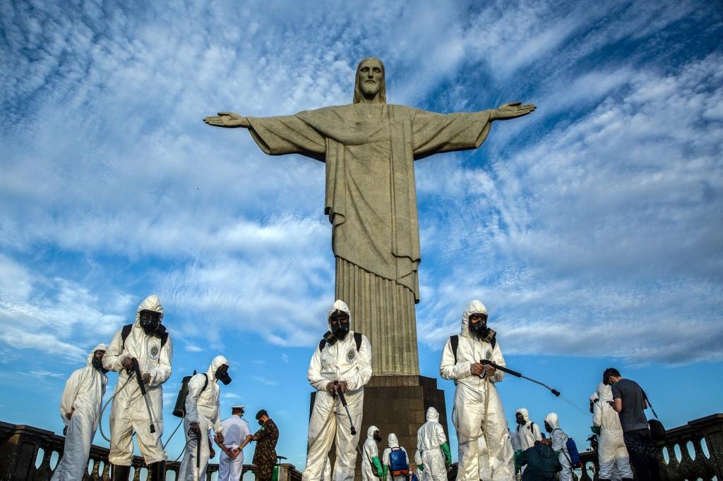 Khung hoang Covid-19 o Brazil anh 2