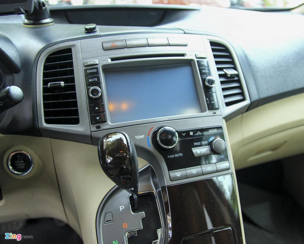 Toyota Venza 10 nam tuoi gia gan 800 trieu dong hinh anh 10