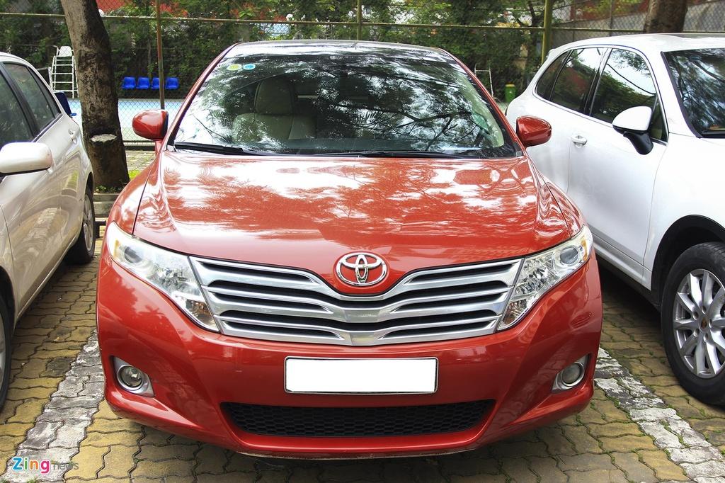 Toyota Venza 10 nam tuoi gia gan 800 trieu dong hinh anh 4