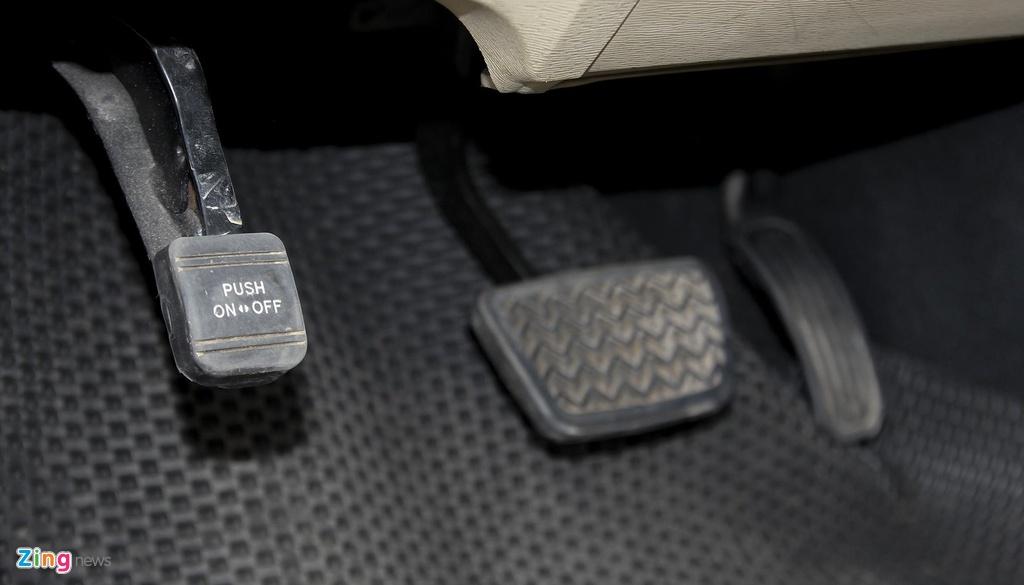 Toyota Venza 10 nam tuoi gia gan 800 trieu dong hinh anh 8