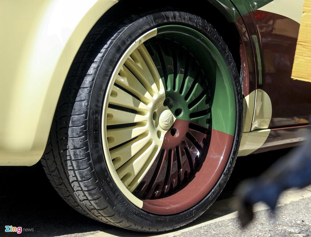 'Tieu Bentley' Chrysler 300 mau ran ri rao ban 650 trieu hinh anh 3