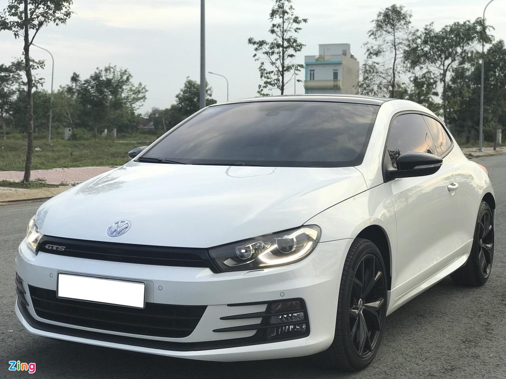Volkswagen Scirocco GTS 2018 chay hon 10.000 km gia con 1,1 ty dong hinh anh 2