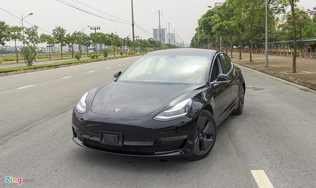 Trải nghiệm xe điện Tesla Model 3 đầu tiên ở Việt Nam