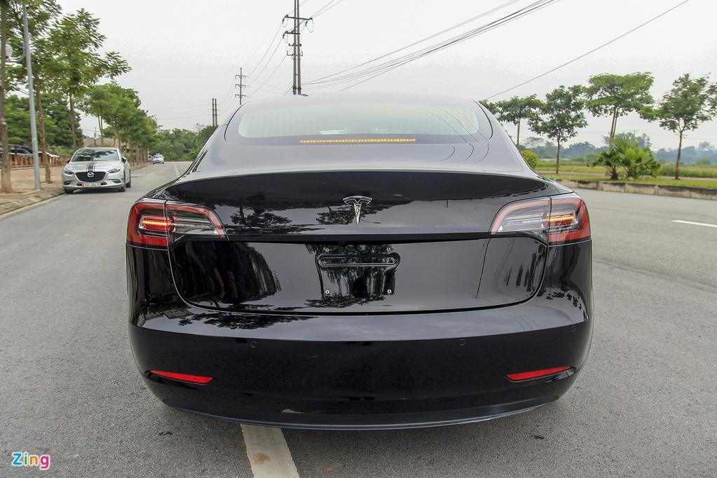 Xe dien Tesla Model 3 dau tien o Viet Nam hinh anh 4