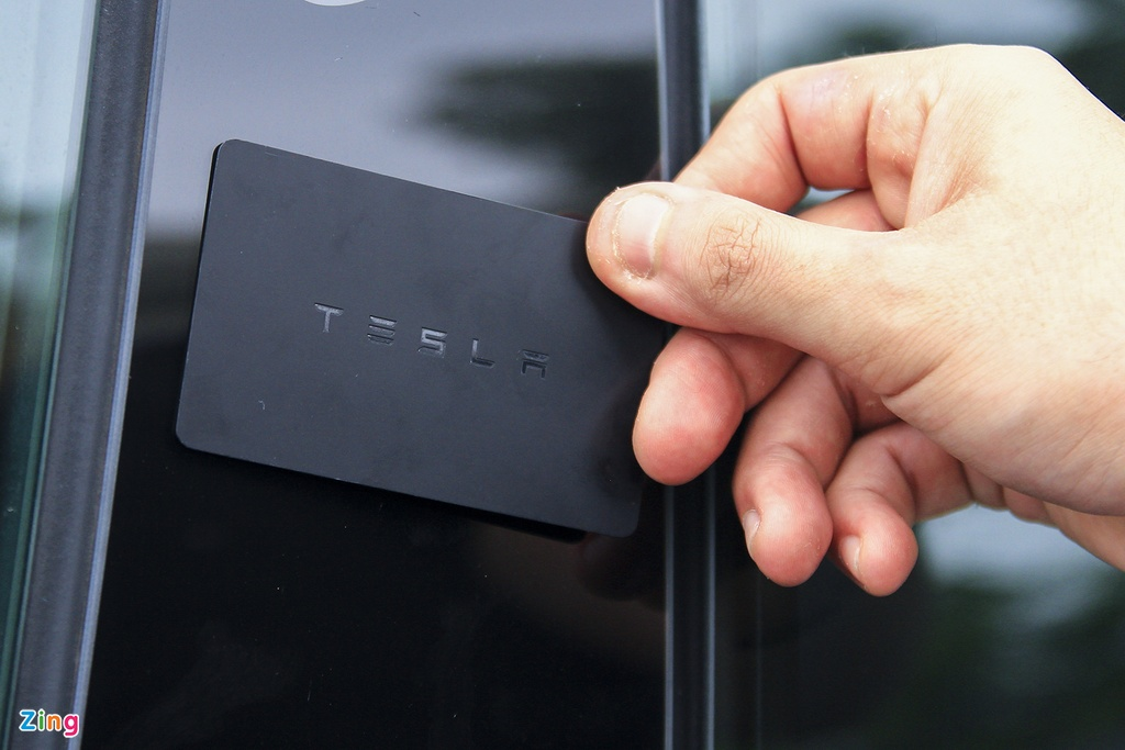 Xe dien Tesla Model 3 dau tien o Viet Nam hinh anh 14