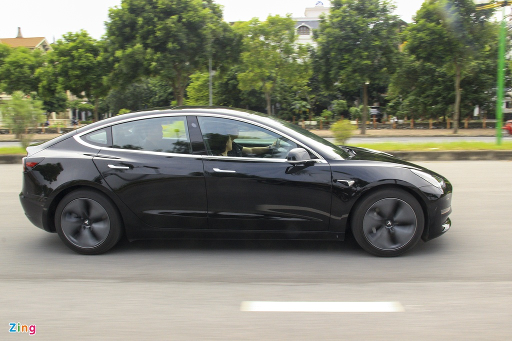 Xe dien Tesla Model 3 dau tien o Viet Nam hinh anh 17