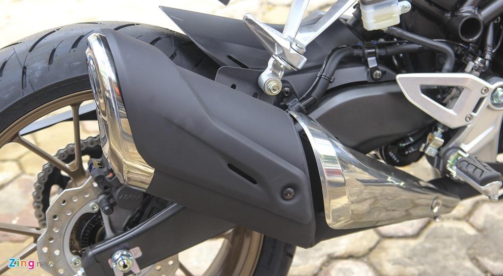 Can canh moto Honda CB300R 2019 dau tien ve dai ly hinh anh 3