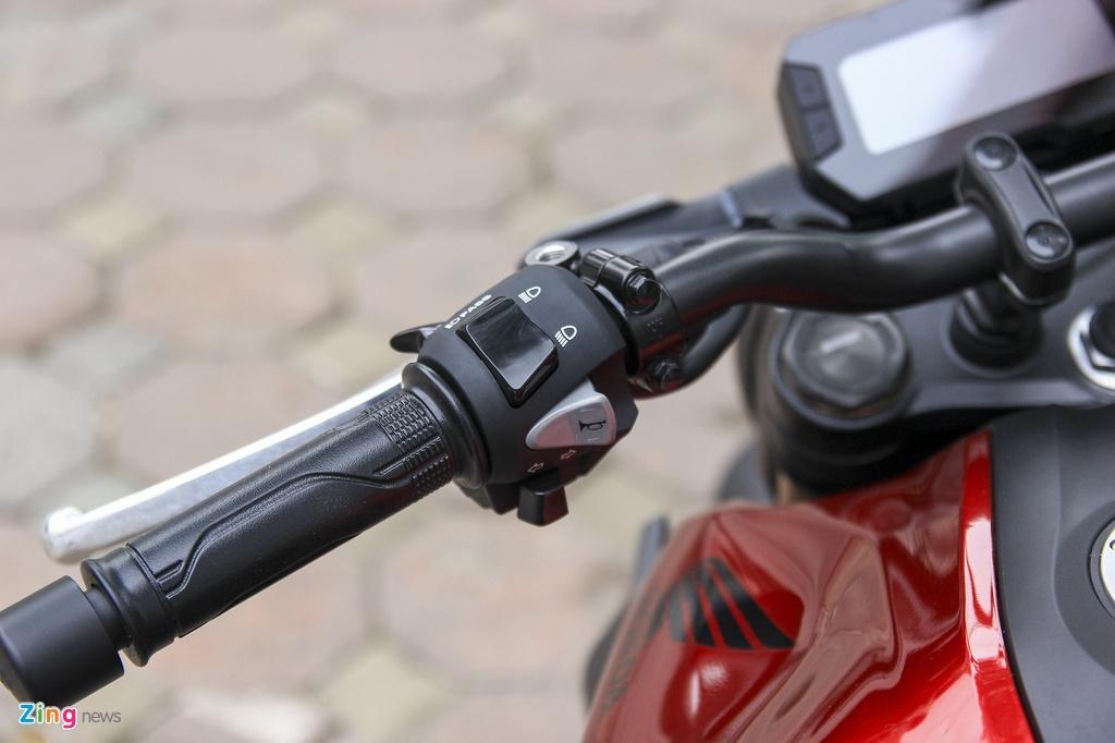 Can canh moto Honda CB300R 2019 dau tien ve dai ly hinh anh 9