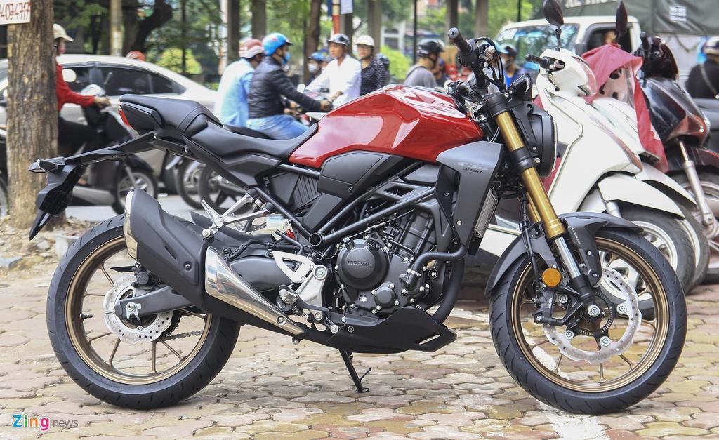 Can canh moto Honda CB300R 2019 dau tien ve dai ly hinh anh 2