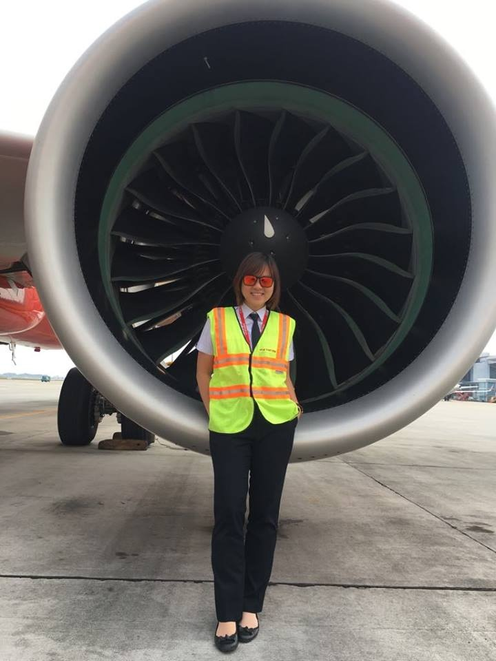 Tu co giao tieng Anh thanh nu phi cong Vietjet hinh anh 4