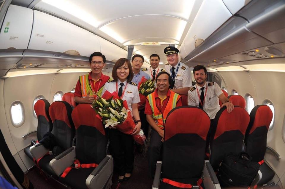 Tu co giao tieng Anh thanh nu phi cong Vietjet hinh anh 3