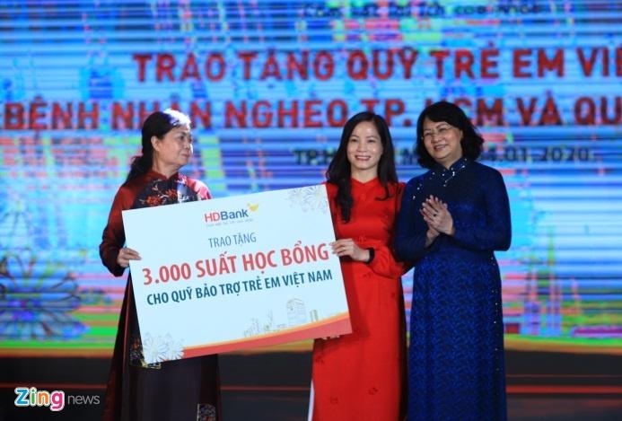 Tong tai san HDBank tang 22 lan sau 10 nam hinh anh 3 adnh_zing_bn_5_.jpg