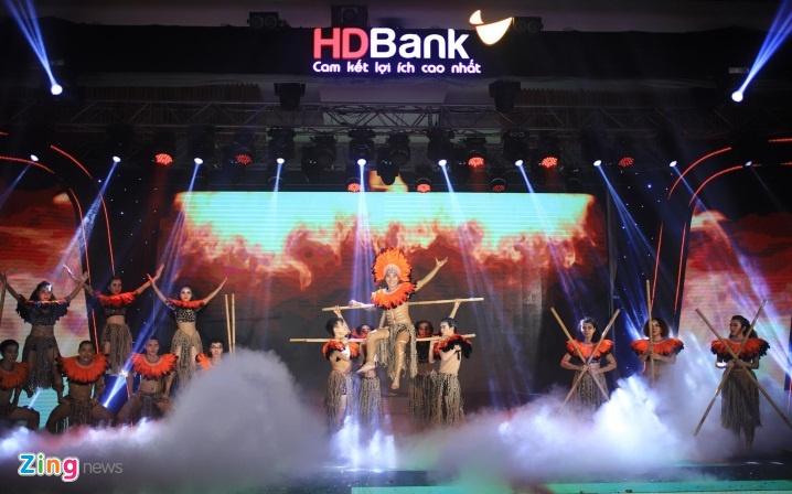 Tong tai san HDBank tang 22 lan sau 10 nam hinh anh 5 adnh_zing_bn_9_.jpg
