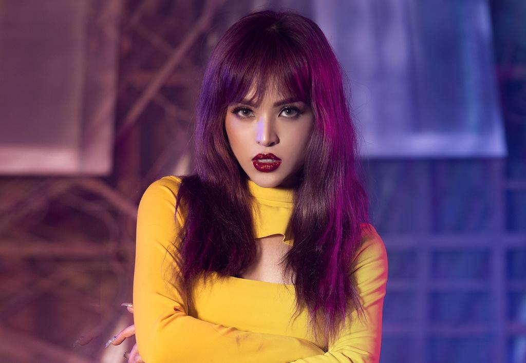 Rapper lai 4 dong mau ra mat MV solo, bao hieu su sup do cua S-Girls? hinh anh 1