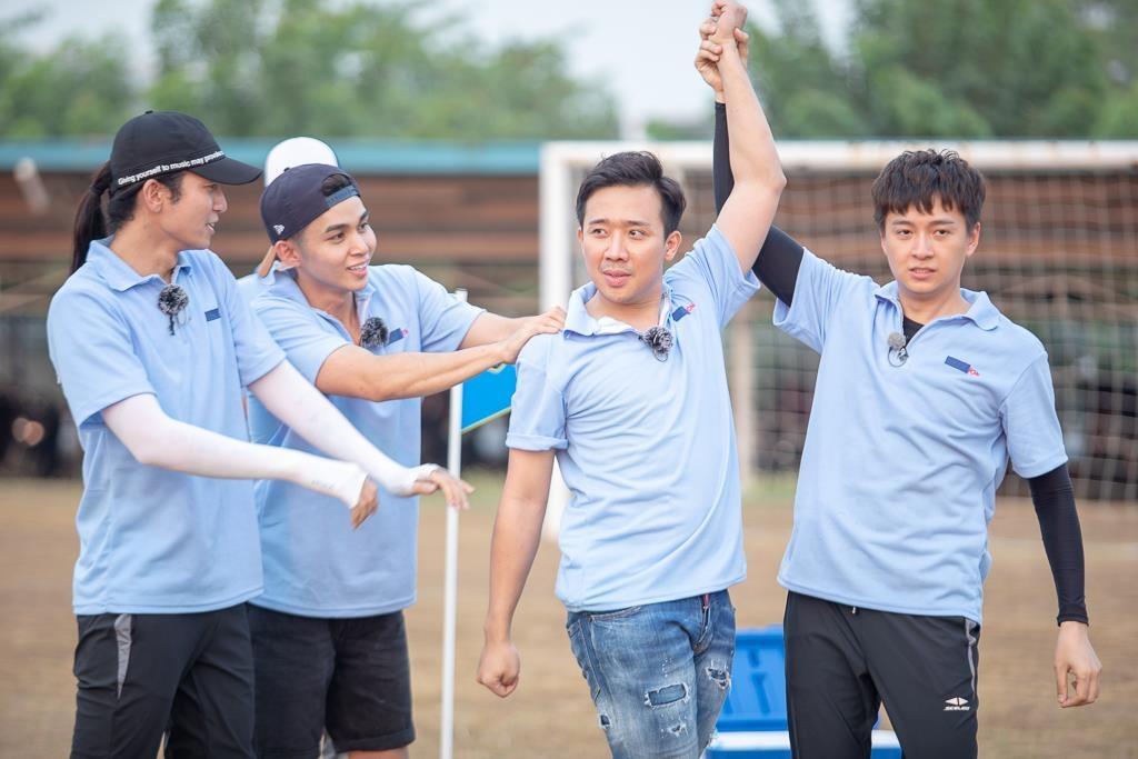 Running Man - Ninh Duong Lan Ngoc lat tay tro chia re cua Tran Thanh hinh anh 1