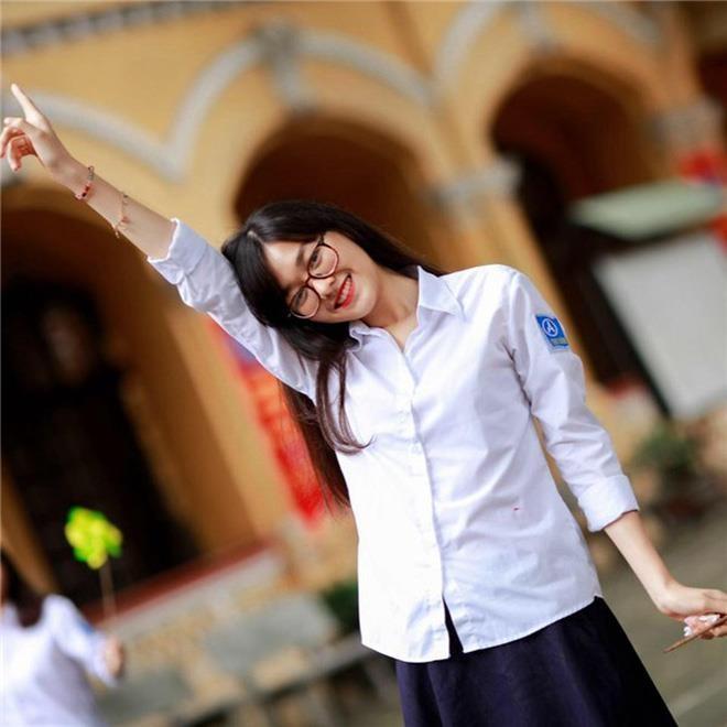 Nhan sac A hau 2 Tuong San dep khong thua kem Hoa hau Luong Thuy Linh hinh anh 3
