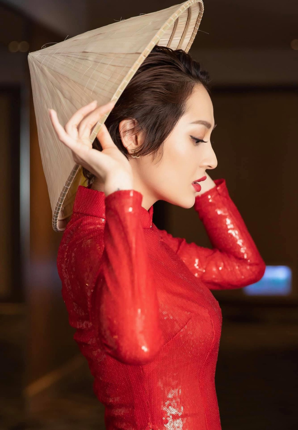 Bao Anh o tuoi 27 - ve ngoai pha cach, on ao chuyen yeu Ho Quang Hieu hinh anh 1