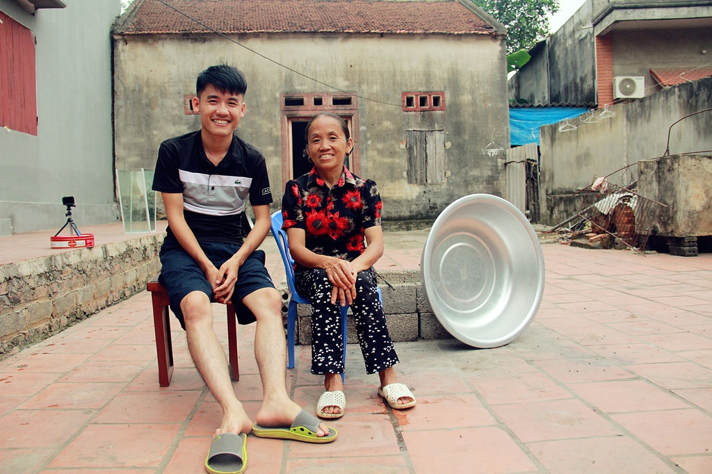 Ba Tan Vlog, Mon 2K va chuyen lam dung cac hien tuong mang o game show hinh anh 4