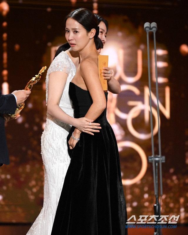 'Ky sinh trung' thang 5 giai lon tai 'Oscar Han Quoc' hinh anh 4