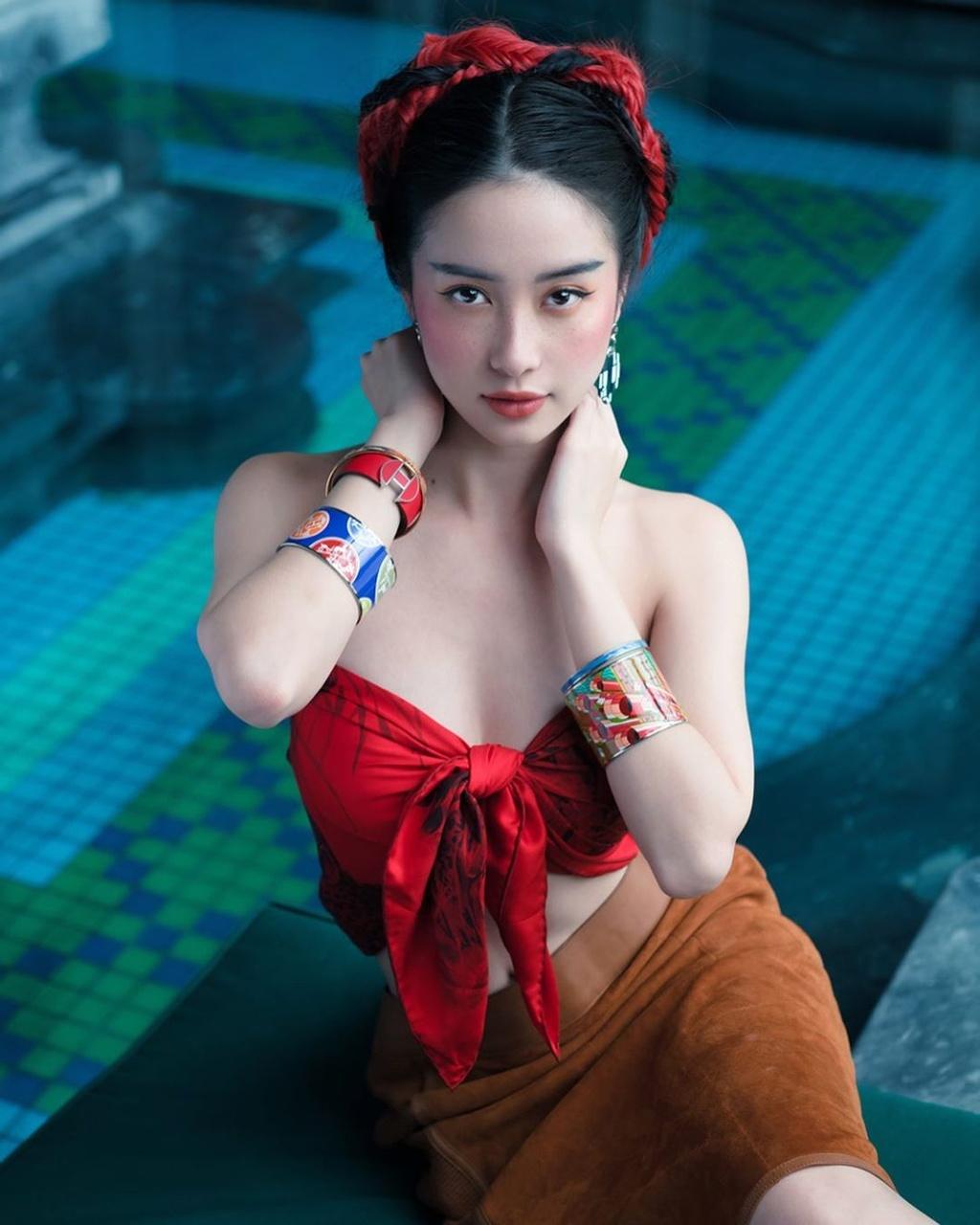 Ho Ngoc Ha mac bikini cap cao, sao nu Viet chuong ao tre hinh anh 8