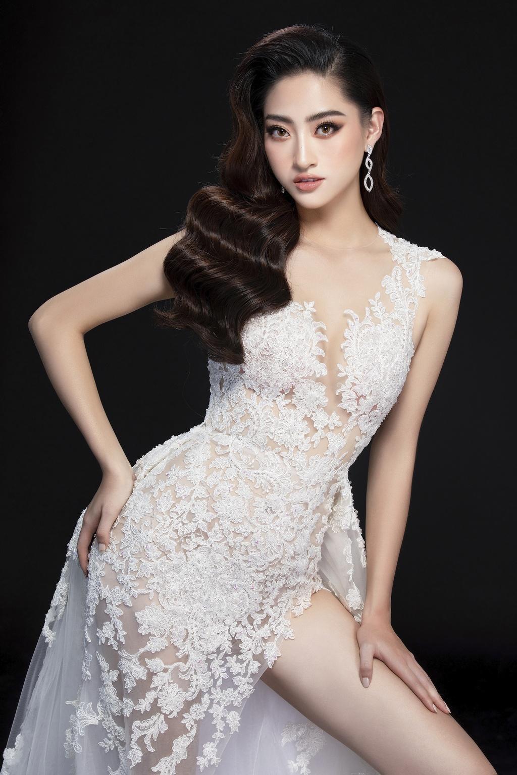 Luong Thuy Linh mac vay xe cao khoe chan 1,22 m o chung ket Miss World hinh anh 8 null