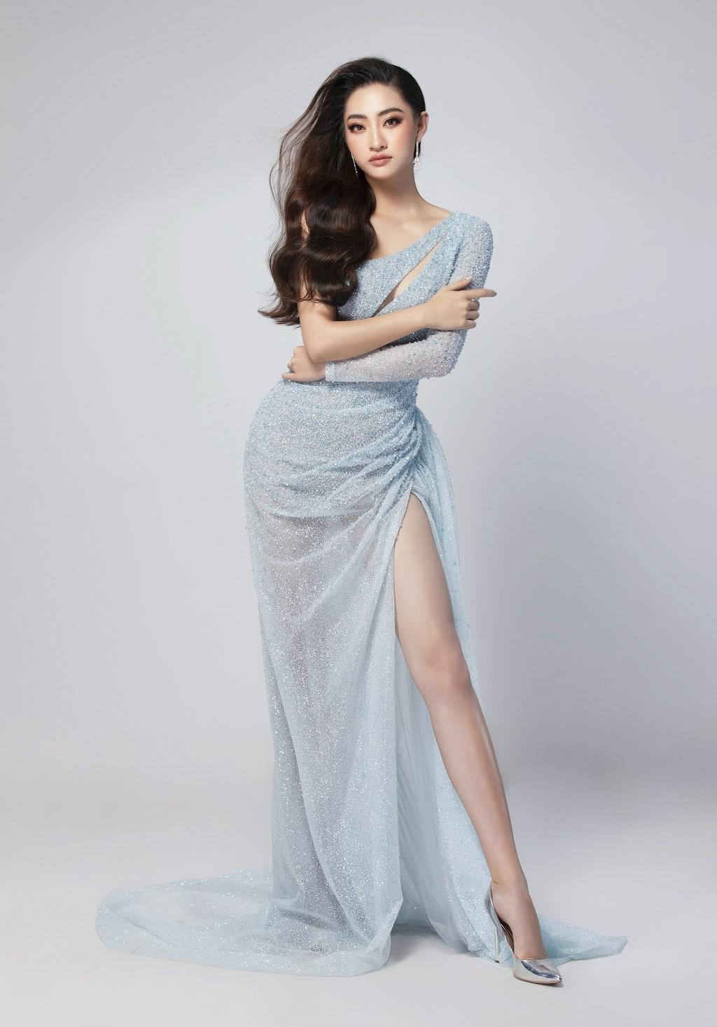 Luong Thuy Linh mac vay xe cao khoe chan 1,22 m o chung ket Miss World hinh anh 5 null