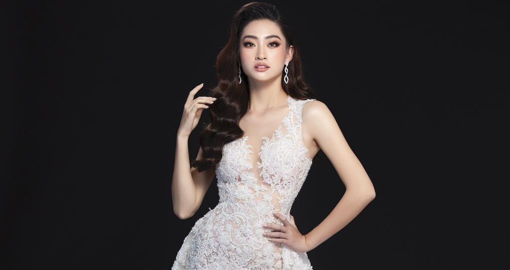 Luong Thuy Linh mac vay xe cao khoe chan 1,22 m o chung ket Miss World hinh anh 10 null