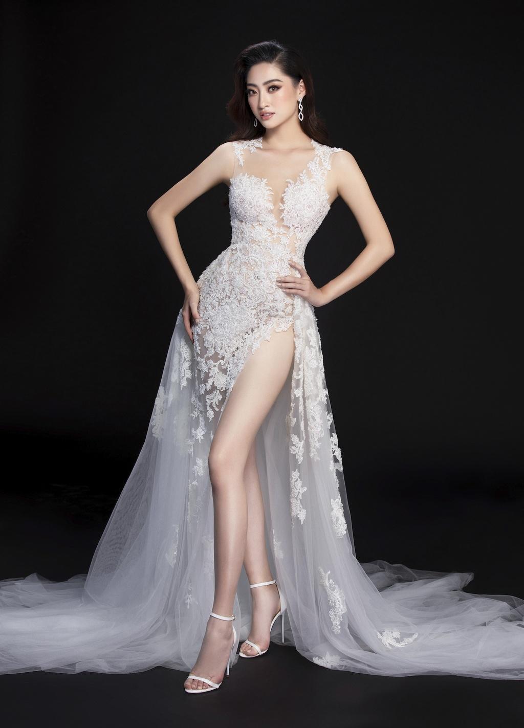 Luong Thuy Linh mac vay xe cao khoe chan 1,22 m o chung ket Miss World hinh anh 11 null