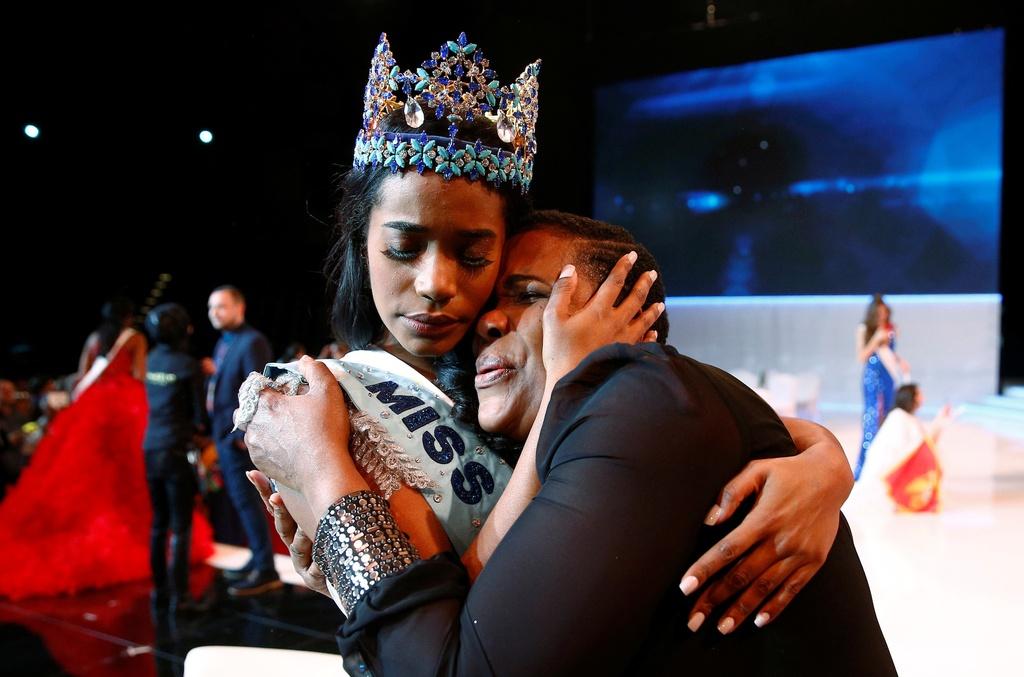Nguoi dep Jamaica hoang mang khi dang quang Miss World 2019 hinh anh 8 null