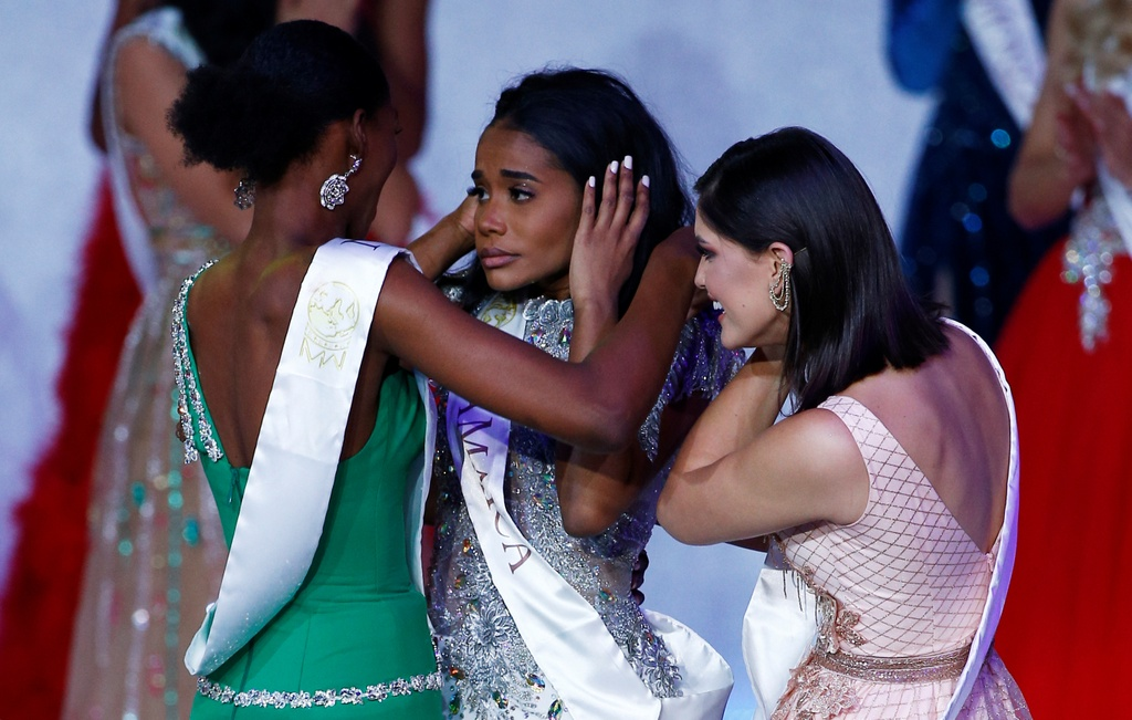 Nguoi dep Jamaica hoang mang khi dang quang Miss World 2019 hinh anh 2