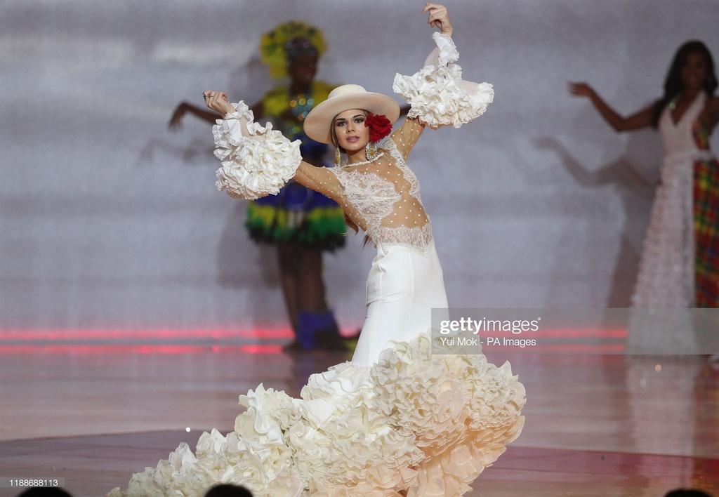 Nguoi dep Jamaica hoang mang khi dang quang Miss World 2019 hinh anh 10 gettyimages-1188688113-2048x2048.jpg