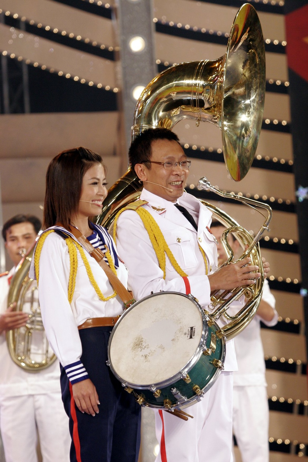 Hinh anh MC Lai Van Sam, Hoang Linh dan Chung toi la chien si tu 2006 hinh anh 8 null