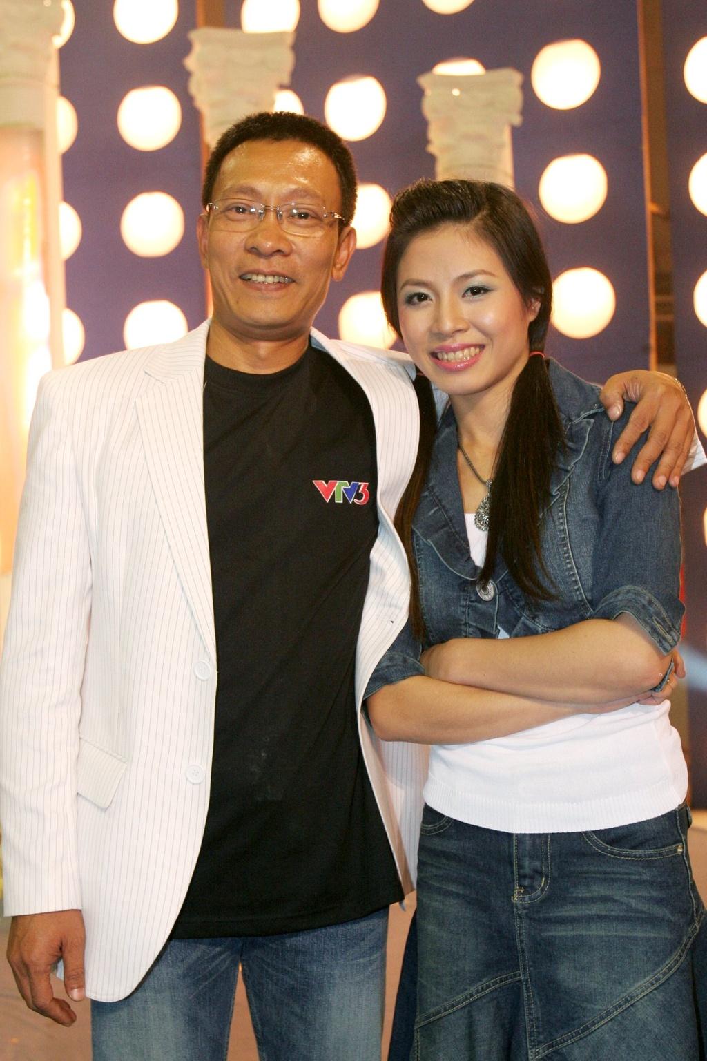 Hinh anh MC Lai Van Sam, Hoang Linh dan Chung toi la chien si tu 2006 hinh anh 5 null