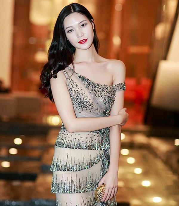 Nha Phuong, Lan Ngoc va my nhan Viet buoc sang tuoi 30 hinh anh 11 12.jpg