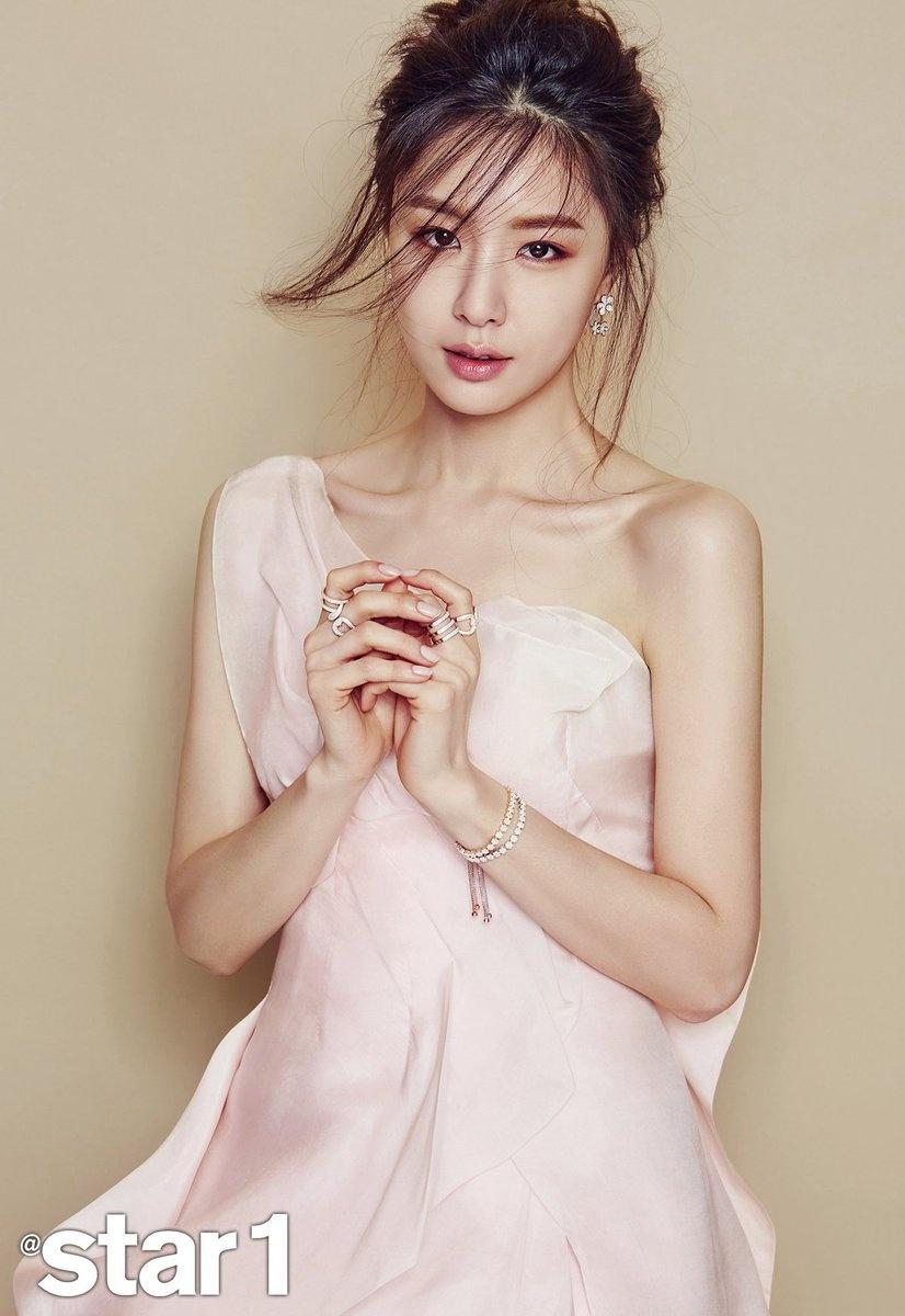 Seo Ji Hye - my nhan co su nghiep lan dan cua 'Ha canh noi anh' hinh anh 8 CeUKuWbUUAEU9qd.jpg