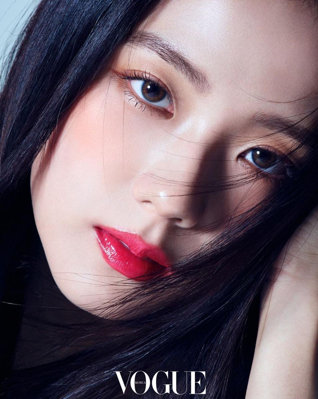 Bo anh khien Ji Soo (Black Pink) duoc vi dep nhu hoa hau hinh anh 1 d17b9c58eadb5754edb5f81bca4c4317.jpg