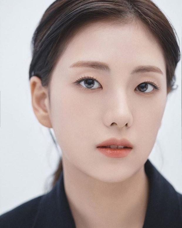 Chi gai Ji Soo (Black Pink) so huu ve ngoai giong my nu Han Hyo Joo hinh anh 5 9144228910032562234604462921603884801589248o_1585486794110146570539.jpg