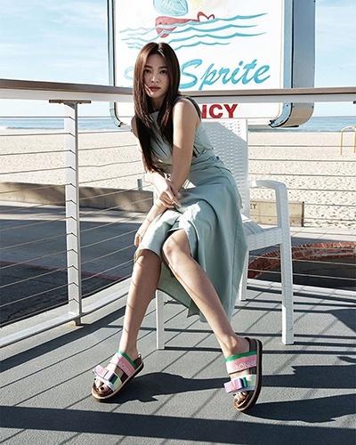 nhan sac song hye kyo sau ly hon anh 13