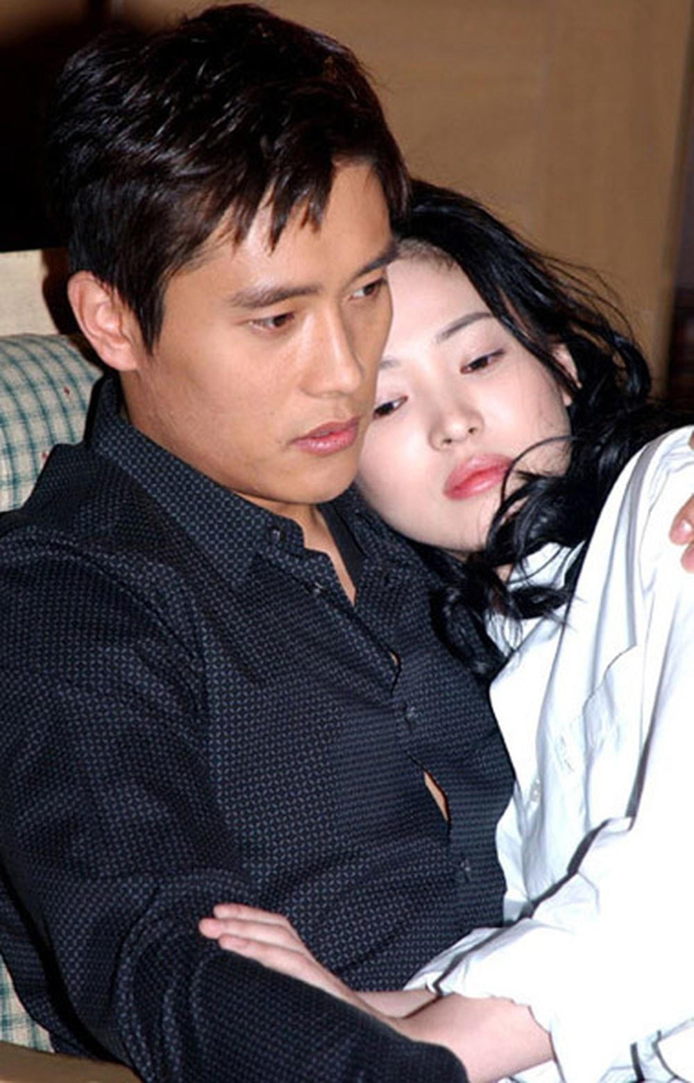 lee byung hun khong bi tay chay du vuong scandal anh 4