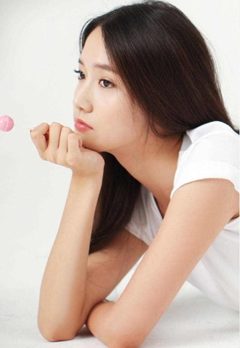 Nhan sac 13 nam khong thay doi cua Yoona (SNSD) hinh anh 4 CziFNT0XgAAe1_j.jpg