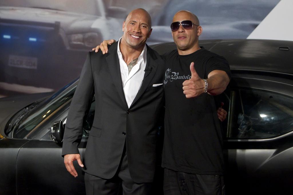 Vin Diesel va The Rock - co hoi nao cho cai bat tay sau lan cach mat? hinh anh 2
