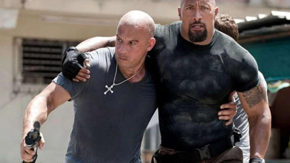 Vin Diesel va The Rock - co hoi nao cho cai bat tay sau lan cach mat? hinh anh 3