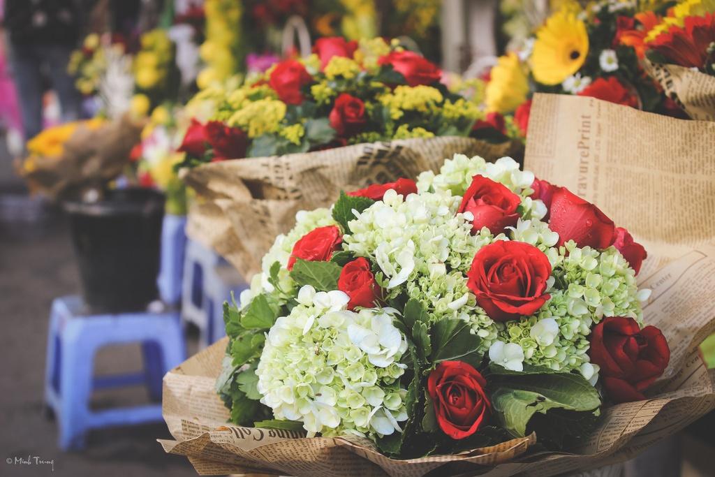 Sac mau binh di tai cho hoa lon nhat Sai Gon hinh anh 18