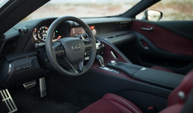 Lexus LC500 2017 khoe dang duoi hoang hon hinh anh 8