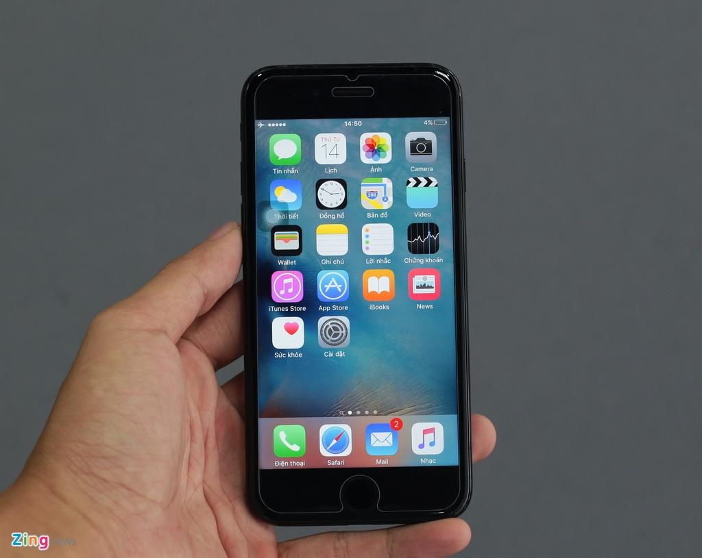 Bo doi iPhone 7 Jet Black tai Viet Nam hinh anh 12
