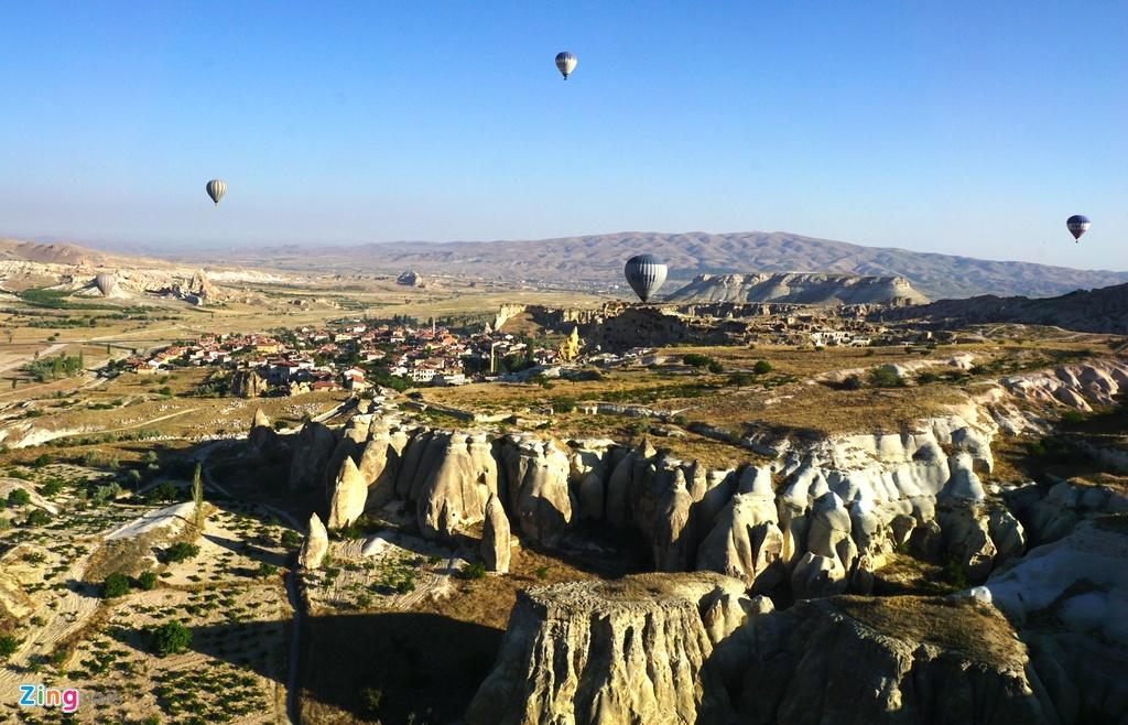 Ky quan thien nhien Cappadocia nhin tu khinh khi cau hinh anh 2