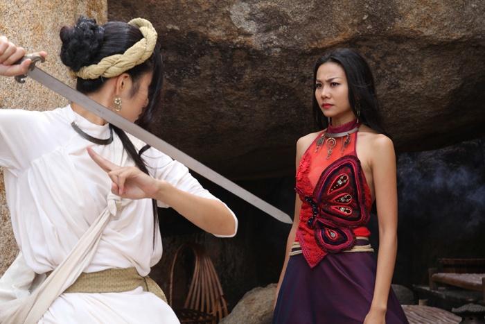 Nhung tranh cai quanh chuyen vay ao trong phim co trang Viet hinh anh 7