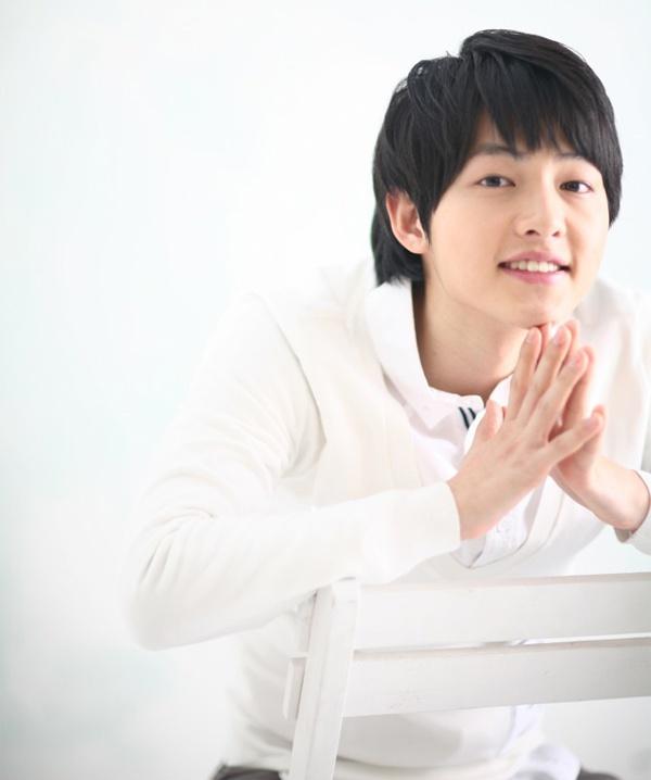 Song Hye Kyo va Song Joong Ki ket hon anh 1